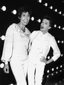 """The Judy Garland Show""Judy Garland and Lena Hornecirca 1962**I.V. - Image 3517_0003"