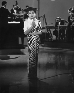 """The Judy Garland Show""Judy Garland1964**I.V. - Image 3517_0005"