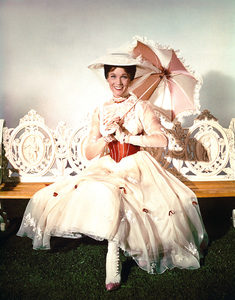 """Mary Poppins""Julie AndrewsDisney, 1963**I.V. - Image 3581_0021"