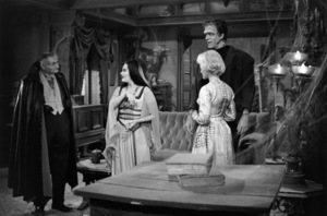 """The Munsters""Al Lewis, Yvonne De Carlo, Beverley Owen, Fred Gwynne1964© 1978 Bob Willoughby - Image 3600_0134"