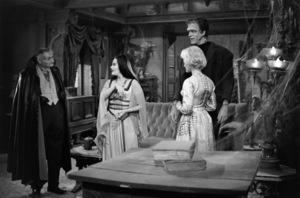 """The Munsters""Al Lewis, Yvonne De Carlo, Beverley Owen, Fred Gwynne1964© 1978 Bob Willoughby - Image 3600_0134"