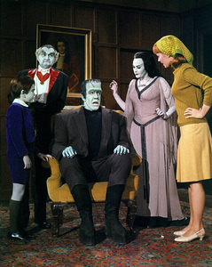 """""""Munster, Go Home""""Butch Patrick, Al Lewis, Fred Gwynne, Yvonne De Carlo, Debbie Watson1966** Part of the Kevin Burns Collection - Image 3600_0296"""