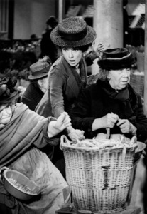 """My Fair Lady""Audrey HepburnWarner Bros.  1964 © 1978 Bob Willoughby - Image 3604_0720"