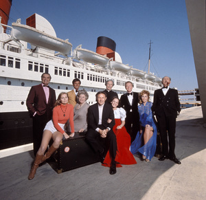 """""""The Poseidon Adventure""""Carol Lynley, Ernest Borgnine, Roddy McDowall, Shelley Winters, Gene Hackman, Arthur O"""