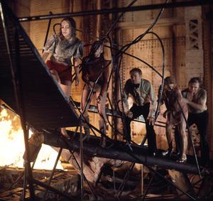 """The Poseidon Adventure""Pamela Sue Martin, Carol Lynley, Red Buttons, Stella Stevens, Ernest Borgnine1972 20th Century Fox** I.V. - Image 3662_0027"