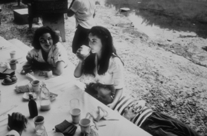 """""""Raintree County""""Elizabeth Taylor and Montgomery Clift during lunch1956 © 1978 Bob WilloughbyMPTV - Image 3678_0017"""