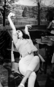 """Raintree County""Elizabeth Taylor behind the scenes1957 © 1978 Bob Willoughby - Image 3678_0043"