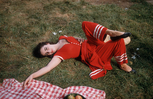 """""""Raintree County""""Elizabeth Taylor during the filming 1957 © 1978 Bob Willoughby - Image 3678_0049"""