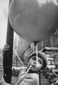 """""""The Red Balloon"""" (aka """"Ballon rouge, Le"""")1956 Lopert Pictures Corporation - Image 3685_0001"""