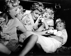 """""""Some Like It Hot""""Marilyn Monroe, Jack Lemmon © 1959 UA / **R.C. - Image 3733_0026"""