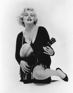 """Some Like It Hot""Marilyn Monroe © 1959 UA / **R.C. - Image 3733_0030"