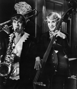 """""""Some Like It Hot""""Tony Curtis, Jack Lemmon1959 United Artists - Image 3733_0104"""