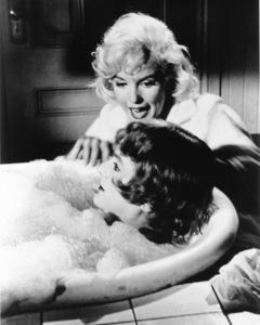 """Some Like It Hot""Marilyn Monroe, Tony Curtis © 1959 UA / **R.C. - Image 3733_0106"