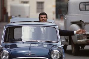 James Garner with his Mini Cooper S C 1966 © 1978 Gunther - Image 37_251
