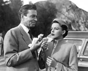 """A Star Is Born""Judy Garland, James Mason1954 Warner BrothersPhoto by Pat Clark - Image 3747_0114"