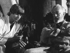 """""""Star Wars""""Mark Hamill and Alec Guinness1977 LucasfilmPhoto by John Jay - Image 3748_0153"""