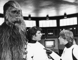 """Star Wars"" Peter Mayhew, Mark Hamill and Harrison Ford1977 Lucasfilm© 1978 John Jay - Image 3748_0161"