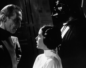 """""""Star Wars""""Peter Cushing, Carrie Fisher, David Prowse1977 LucasfilmPhoto by John Jay - Image 3748_0204"""