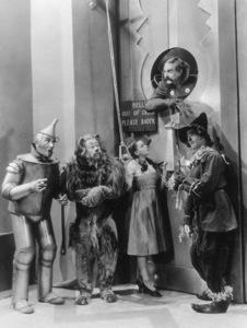 Jack Haley, Bert Lahr, Judy Garland, Ray Bolger, Frank Morgan.  Film SetWizard Of Oz, The (1939)0032138MGM - Image 3823_0010