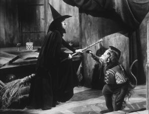 """The Wizard of Oz""Margaret Hamilton1939 MGM - Image 3823_0028"