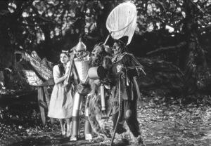Judy Garland, Jack Haley, Bert Lahr, Ray BolgerFilm SetWizard Of Oz, The (1939)0032138MGM - Image 3823_0050