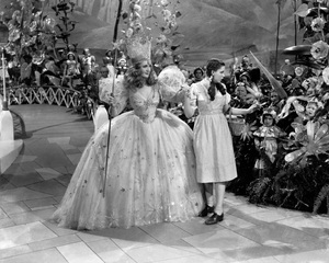 """The Wizard of Oz""Billie Burke, Judy Garland1939 MGM - Image 3823_0115"