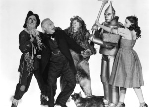 """The Wizard of Oz""Ray Bolger, Frank Morgan, Bert Lahr, Jack Haley, Judy Garland, Terry the dog1939 MGM - Image 3823_0159"