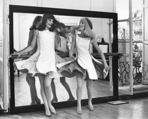 """Young Girls of Rochefort""Catherine Deneuve and real life sister Francoise Dorleac1967 Warner Brothers**I.V. - Image 3836_0104"