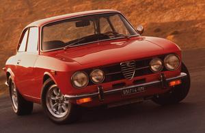 Cars1971 Alfa Romeo GTV 1750 © 1996 Ron Avery - Image 3846_0150