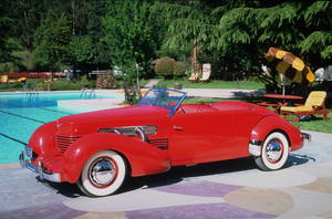 Car Category1937 Cord 812 ConvertibleOwner Mr. & Mrs. Roger Von Bergen © 1984 Glenn EmbreeMPTV - Image 3846_0425