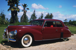 Car Category1940 Lincoln Continental Club CoupeOwner Jack Cassan © 1991 Glenn EmbreeMPTV - Image 3846_0427