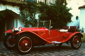 Car Category1925 Lancia LambdaOwner Kent Wakeford © 1980 Glenn EmbreeMPTV - Image 3846_0433