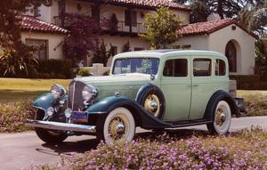 Car Category1933 Buick 33-57 Four-Door 5 Passenger SedanOwner E.M. Faggart © 1986 Glenn EmbreeMPTV - Image 3846_0452