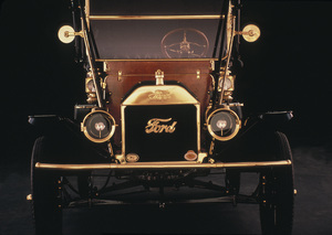 Cars / Ford Model T / 1914 © 1982 Ron Avery - Image 3846_0477