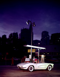 Cars1960 Chevrolet Corvette © 2000 Mark Shaw - Image 3846_0564_