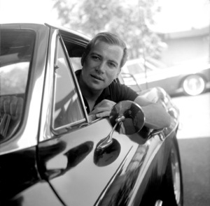 Stars & CarsWilliam Shatner at home in Los Angeles C.A.in his 1963 split window Corvette1966 © 1978 Joe Shere - Image 3846_0576
