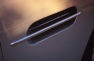 Cars1967 Aston- Martin DB6 Coupe2004 © 2004 Ron Avery - Image 3846_0734