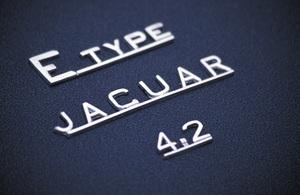 Car Category1967 Jaguar E-Type 4.22004 © 2004 Ron Avery - Image 3846_1011
