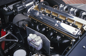 Car Category1967 Jaguar E-Type 4.22004 © 2004 Ron Avery - Image 3846_1028