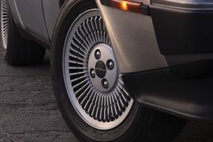 Cars1982 DeLorean DMC-12© 2019 Ron Avery - Image 3846_2292