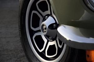 Cars 1974 Alfa Romeo 2000 GTV© 2019 Ron Avery - Image 3846_2315