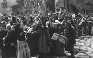 "Crowd Scene from""Robin Hood""1922 - Image 3854_0156"