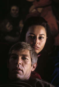 James Coburn and his wife Beverly Kelly at home1966© 1978 David Sutton - Image 3893_0055