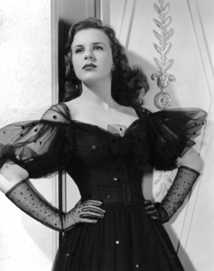 Deanna Durbin1943Photo by Ray Jones**I.V. - Image 3910_0015