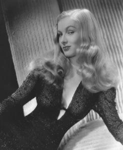 Veronica LakeCirca 1940Photo by E.R. Richee**I.V. - Image 3912_0190