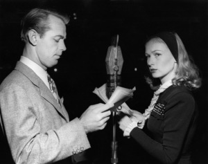 Veronica Lake and Alan Laddcirca 1940s** I.V. - Image 3912_0237