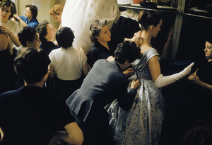 Models backstage at the Pierre Balmain Couture show in Paris, France 1954 © 2000 Mark Shaw  - Image 3956_0878