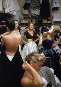 """Fashion""Models backstage at the Pierre Balmain Couture show / Paris, France1954 © 2005 Mark Shaw - Image 3956_0922"