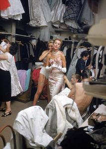 """Fashion""Models backstage at the Pierre Balmain Couture show / Paris, France1954 © 2005 Mark Shaw - Image 3956_0942"