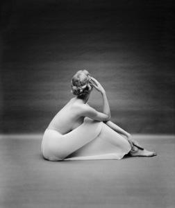 """Fashion""Model wearing Vanity Fair half slip1954 © 2005 Mark Shaw - Image 3956_0947"